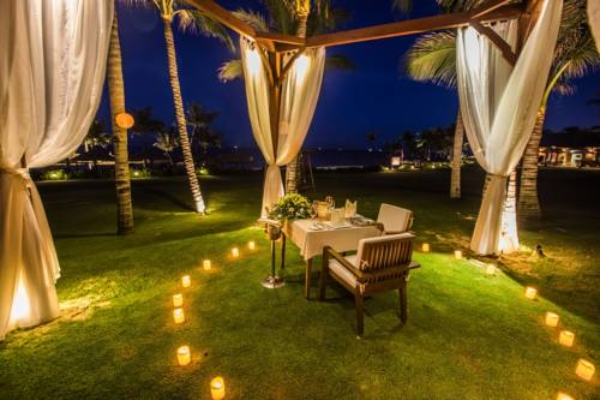 Luxury Retreat- The Anam Resort Nha Trang EST.TRAVEL Candle Romantic Dinner